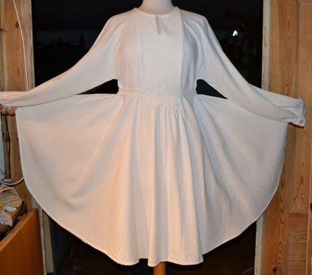 hvid kjole - udslået